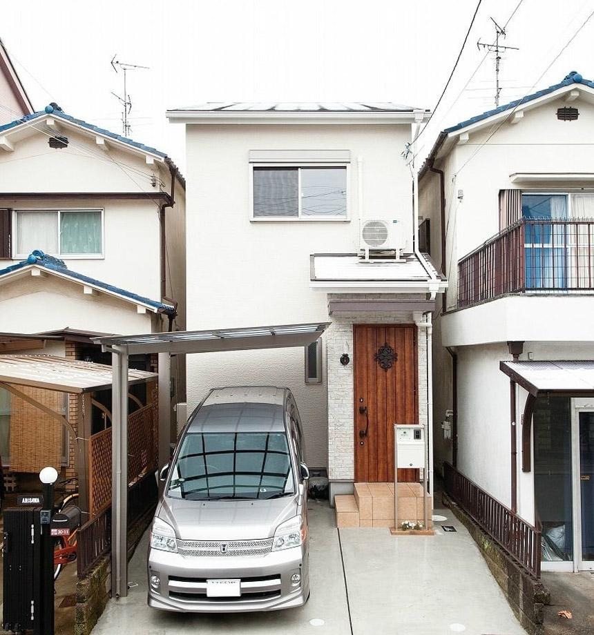 狭小住宅ならではの工夫がお家いっぱいにされています。