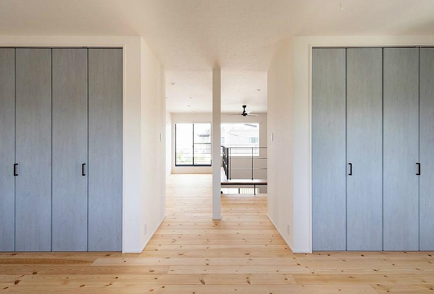 洋室にはあえて扉がなく、開放感のある部屋に。子供の成長や家族の変化によってさまざまな用途に使える一室。